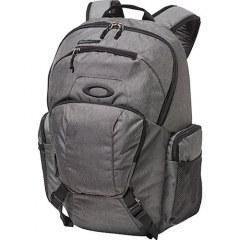 [代購]Oakley Mens Blade Wet Dry 30 Backpack 好用俐落的旅行背包